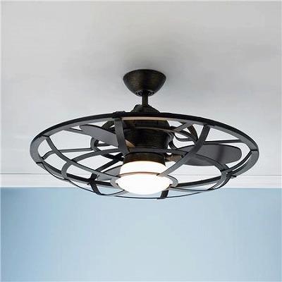 サーキュレーターがそのまま天井に Ceiling Fan